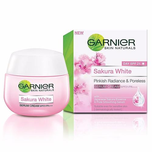 duong-da-mat-kem-duong-trang-da-garnier-sakura-white-spf21-thai-lan-346