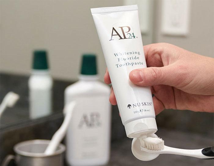 san-pham-khac-kem-danh-trang-rang-ap24-whitening-flouride-toothpaste-170