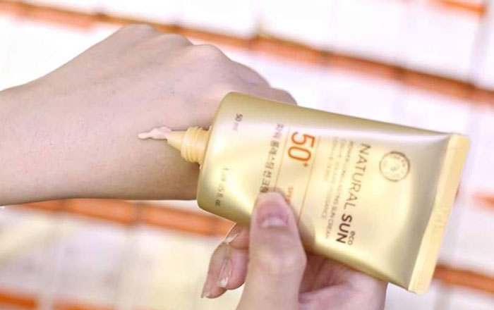 kem-chong-nang-kem-chong-nang-natural-sun-eco-power-long-lasting-sun-cream-spf50-plus-pa-197