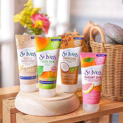 Sữa Rửa Mặt Tẩy Tế Bào Chết St.Ives của Mỹ